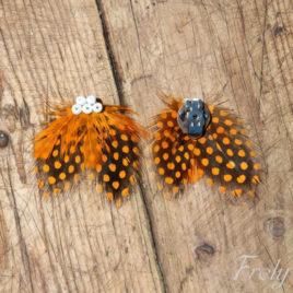 Clipsuri pantofi din pene cu buline portocalii