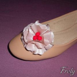 Clipsuri pantofi flori textile crem